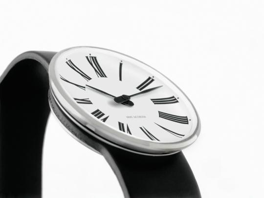 Arne Jacobsen »Roman« Damen-Armbanduhr.