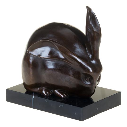 Bronzefigur Umberto Boccioni »Hase«.