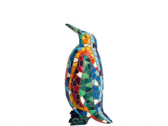 Bunte Pinguin Figur mit Mosaik.