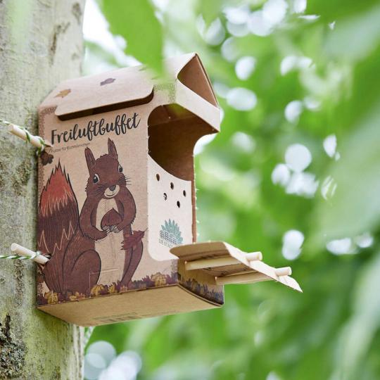 Freiluftbuffet »Eichhörnchen«.
