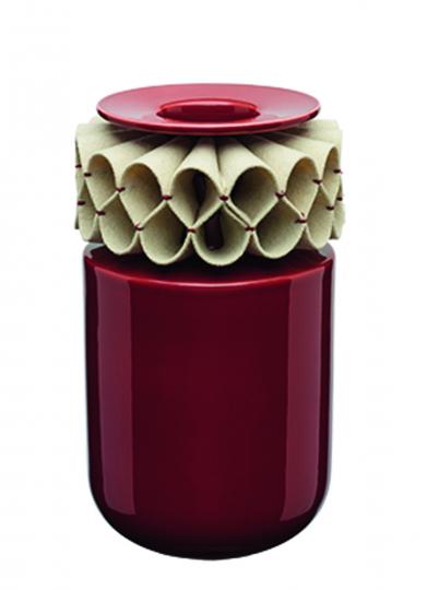Große Vase mit Filzmanschette, rot.