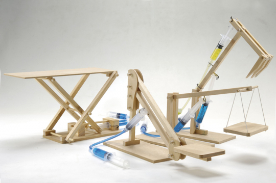 Hydraulik Set - 4 in 1. Holzkonstruktionen.