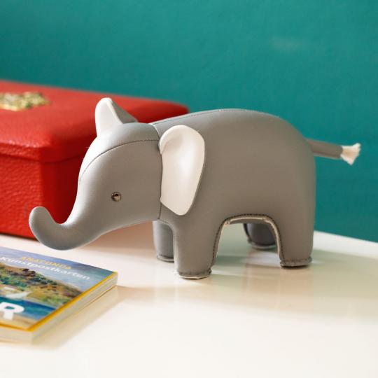 Kleiner Elefant.