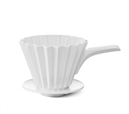 KPM Café Berlin. Kaffeefilter aus Porzellan mit Griff (Größe 4).