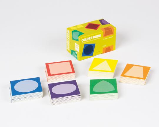 Memo Spiel Form und Farbe.