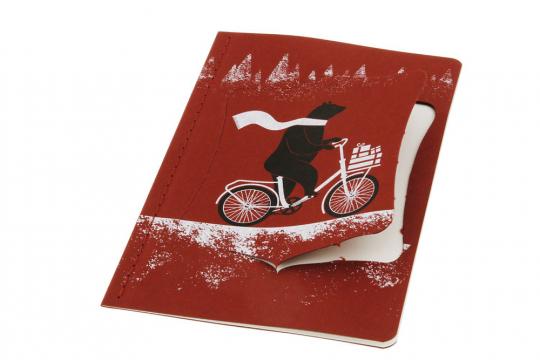 Moleskine Ornament Postkarte »Bär auf dem Fahrrad«, groß.