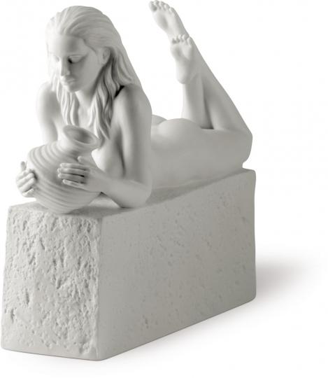 Sternzeichen Porzellanfigur »Wassermann, Frau«.