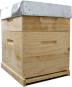 Bienenbox mit Metalldeckel und astfreiem Holz. Bild 1