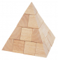 Holz-Pyramide. Bild 1