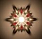 Teelichthalter mit Glasperlen, weiß/rot. Bild 1