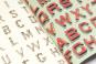 Geschenkpapier »Alphabete«. Bild 2