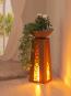 LED-Dekosäule mit Pflanzschale. Bild 3