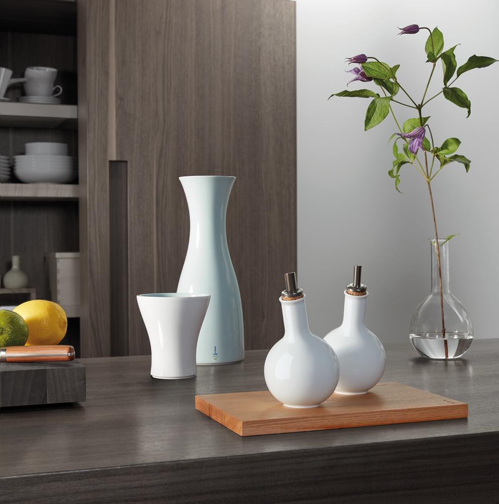 kpm set f r essig und l. Black Bedroom Furniture Sets. Home Design Ideas